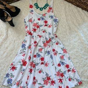 Pretty White floral sun dress